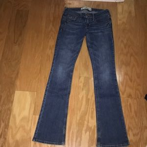 Hollister light/medium wash bootcut jeans, 00S